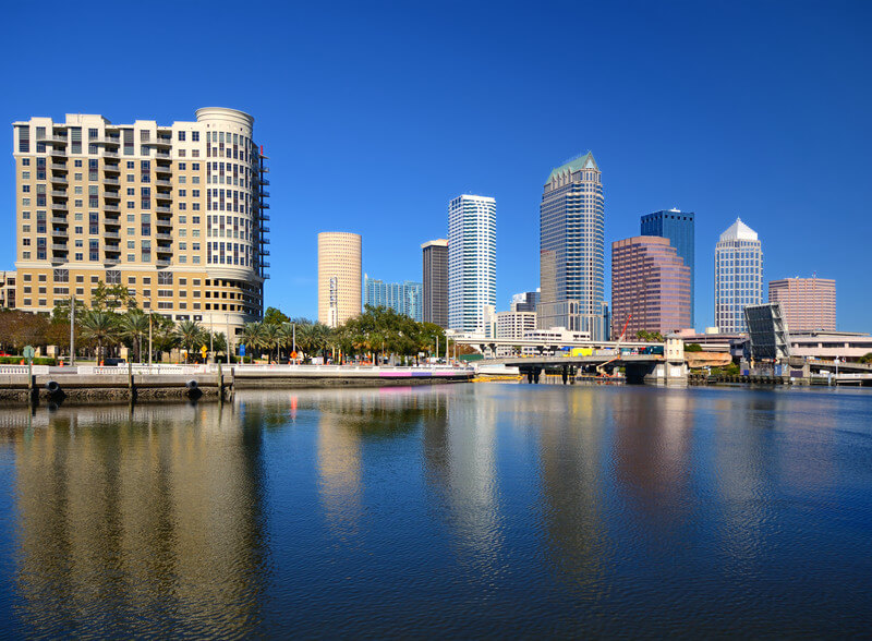 Long Distance Moving Companies in Tampa - Pricing Van Lines