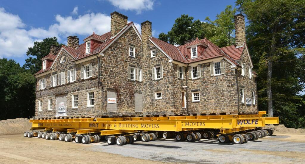 companies that move houses - Wolfe House and Building Movers