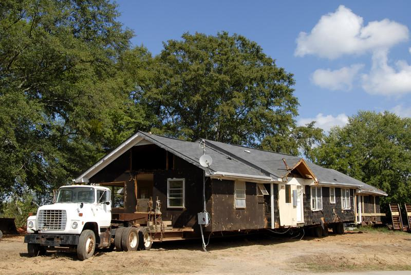 How To Choose The Best Mobile Home Movers