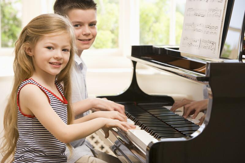 How Much Does A Piano Mover Cost?